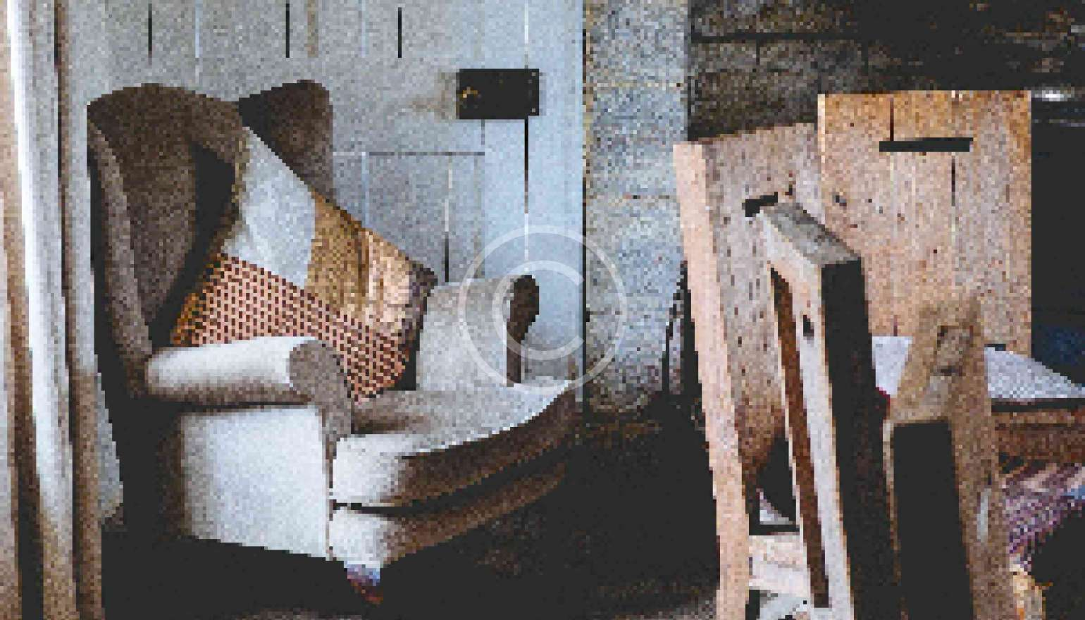Reasons to Buy Antique Furniture